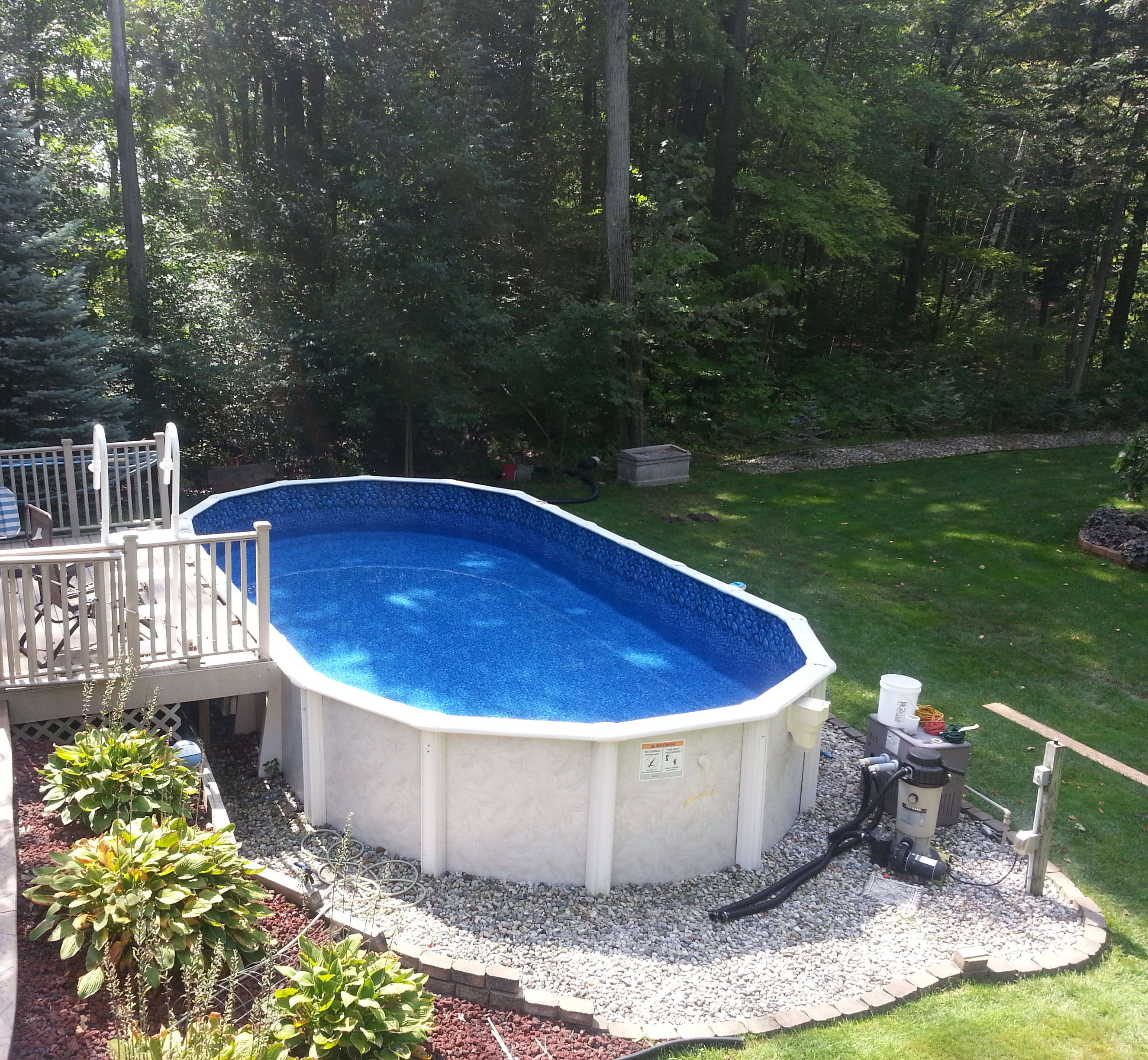 Pool installation crystal clear pools mi for Installing pool liner in cold weather